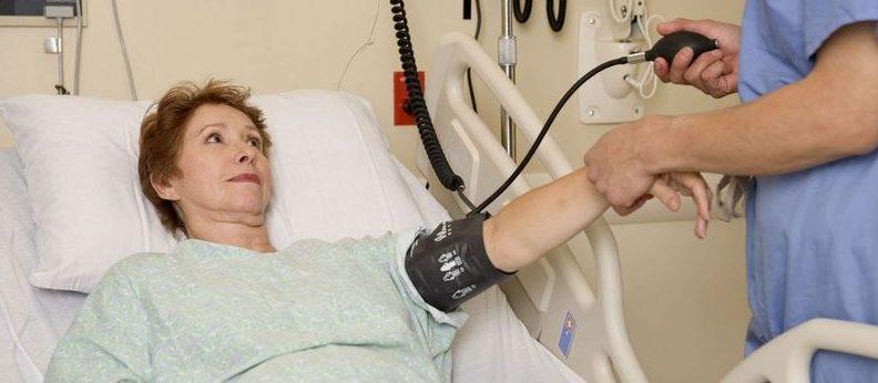 對抗式癌症治療導致病人飽嚐痛苦直至死亡