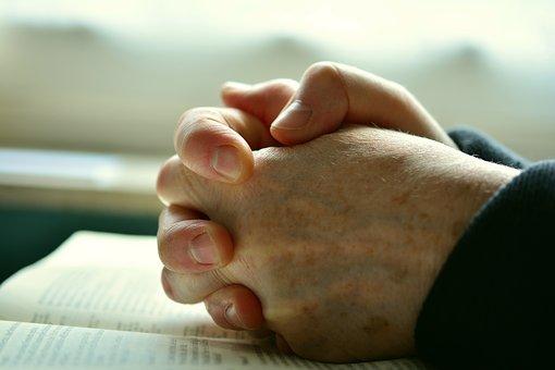 祈禱療法:透過宗教信仰對抗癌症